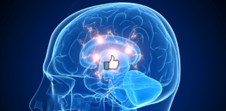 Facebook tumme - Crestock.com