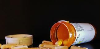 Antibiotika, piller. Foto: Brett Hondow. Licens: CC0 1.0, Pixabay.com