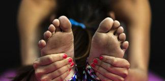 Ta en daycation med yoga. Foto: StockSnap med Pixabay.com-licens