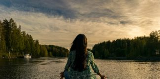 Bild: meditation. Foto: Shahariar Lenin