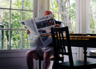 Elderly. Foto: Sam Wheeler. Licens: Unsplash.com (free use)