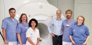 """""""Karolinska Universitetssjukhuset först i Norden med att använda laserbehandling av hjärntumör"""". Pressfoto: KI, 2019"""